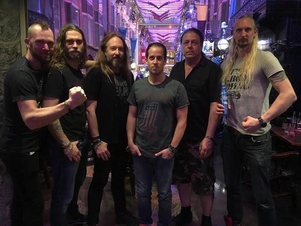 Hammerfall und Napalm Records
